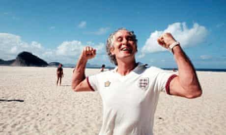 Ronnie Biggs posing on Copacabana beach
