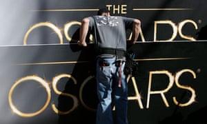 Oscars signs