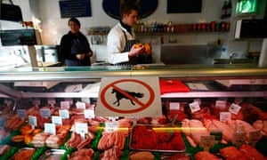 """A """"no horsemeat"""" sign at Bates Butchers in Market Harborough, central England"""