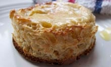 Pete Favelle's crumpet recipe