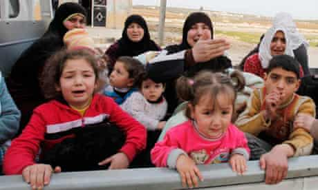 Syrian civilians flee