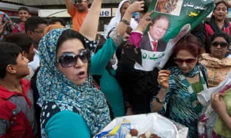 nawaz sharif supporters celebrate