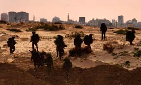 Israeli Defence Forces reserves enter Gaza in 2009