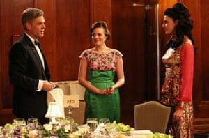 Jim Cutler (Harry Hamlin), Peggy Olson (Elisabeth Moss) and Megan Draper (Jessica Pare)