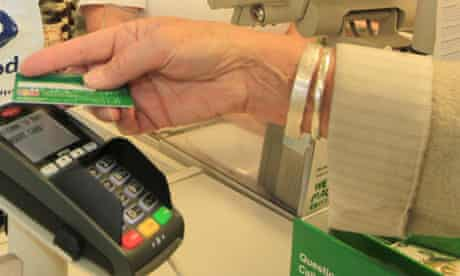 Customer uses a contactless card.