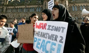 Muslims protest against Iraq war