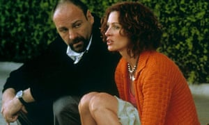 James Gandolfini as gay hitman Leroy in The Mexican, with Julia Roberts.