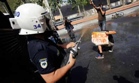 Turkish riot police officer