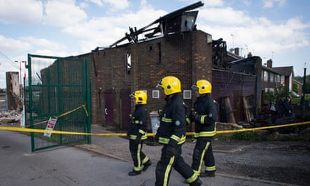 Fire at London mosque