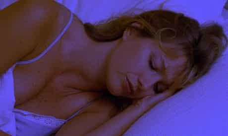 Sleeping during heatwave
