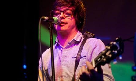Sam Duckworth performing in London.