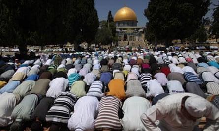Ramadan prayer in Jerusalem