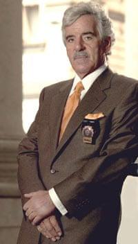Dennis Farina as Detective Joe Fontana in Law & Order.