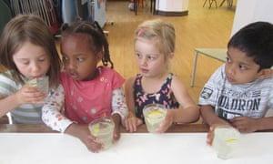 Children drinking lemonade