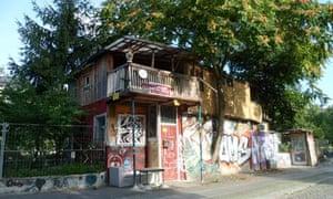 Osman Karlin's house