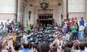 Police at al-Fath mosque, Cairo