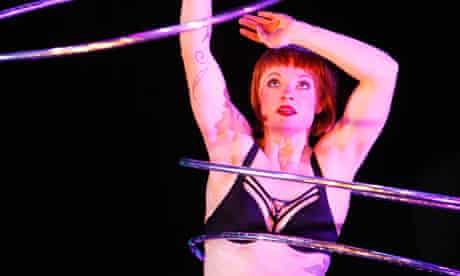 Circa Wunderkammer hula hoop performer