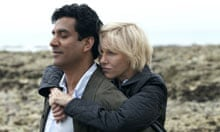 Naveen Andrews and Naomi Watts in Diana