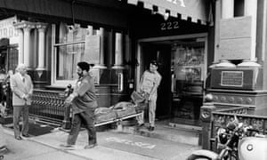 The body of Nancy Spungen is carried from the Chelsea hotel in New York in 1978 after she was appare