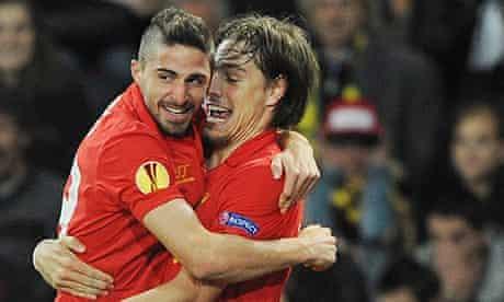 Sebastián Coates, right, celebrates with Fabio Borini after scoring