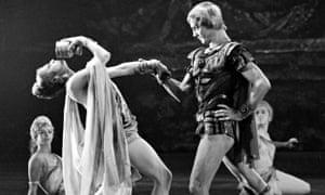Nina Timofeyeva as Aegina and Maris Liepa as Crassus in Spartacus at the Bolshoi