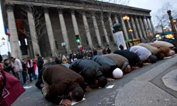 Paris muslim prayer session