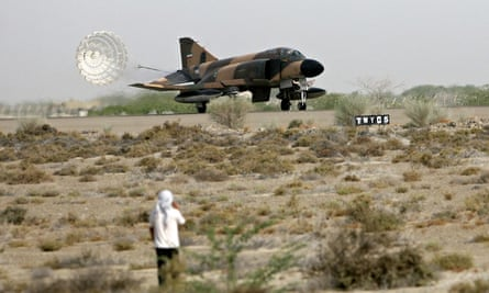 Iran's F-4 jet fighter lands in Chabahar
