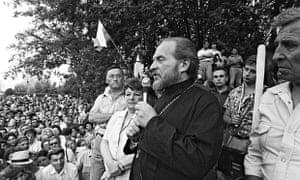 Father Gleb Yakunin, Russian Orthodox priest, who has died aged 80