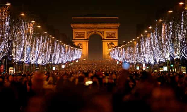 New Year's celebration on the Champs-Elysées
