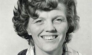 Elisabeth Newson, developmental psychologist