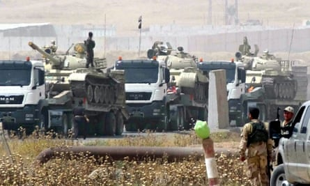 Kurdish forces move tanks Kirkuk