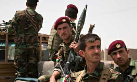 Armed Kurdish soldiers