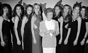 Eileen Ford and lineup of models from Ford Models