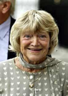 Doira Bryan at a memorial service for Thora Hird in 2003 at Westminster Abbey.