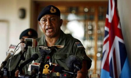 Fiji's Voreqe Bainimarama speaks at a press conference at Queen Elizabeth Barracks in 2006