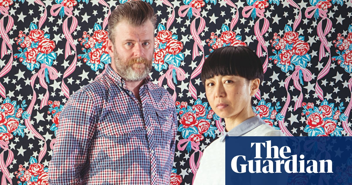 Homes Why Wallpaper S Back In Vogue Homes The Guardian
