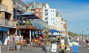 Urban Reef cafe on Boscombe beach
