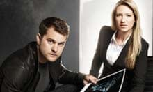 Joshua Jackson and Anna Torv in Fringe
