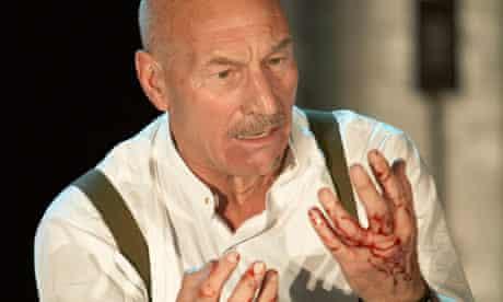 Patrick Stewart in Macbeth at the Gielgud theatre in 2007