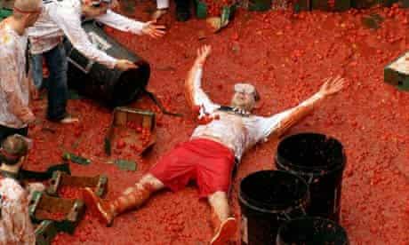 MTV Giant Tomato Food Fight
