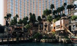 Las Vegas (1999) by Thomas Struth