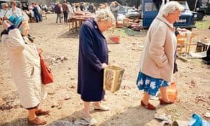 Tom Wood, Three Wise Women, 1989