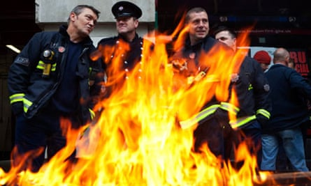 Firefighters picket Clerkenwell station