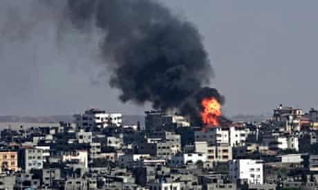 Gaza buildings blazing after air strike, 23 July 2014