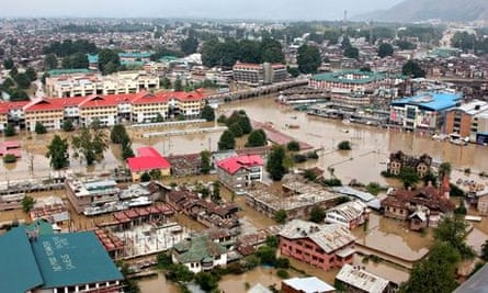 Deluged streets in Srinagar