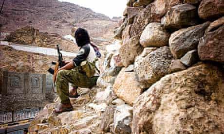 One of the 'birds of heaven' militants at a roadblock in Aden.