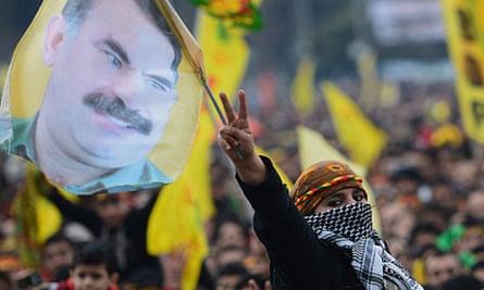 Kurds in Istanbul wave banners depicting PKK leader Abdullah Öcalan