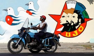 Cuba slogan motorbike