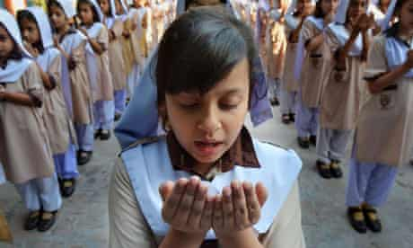 Pakistan school girls
