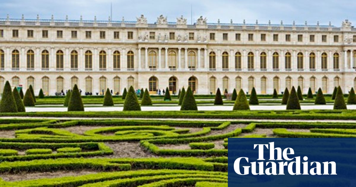 France's aristocratic gardens weave a pathway from present